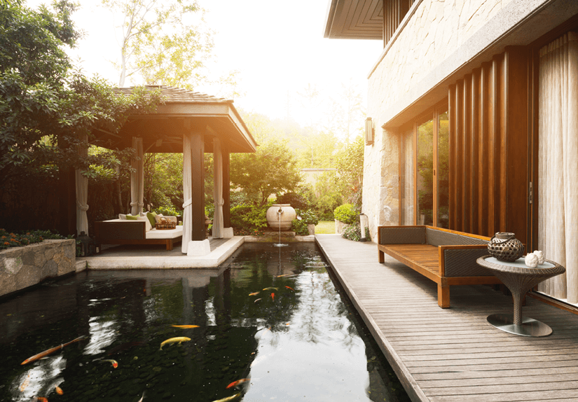 how to create a smooth transition between an indoor and outdoor space