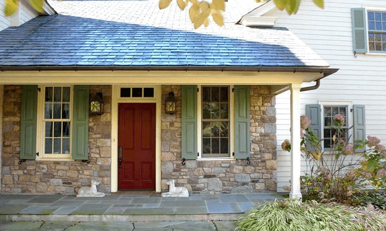 tips for choosing shutters for split level homes