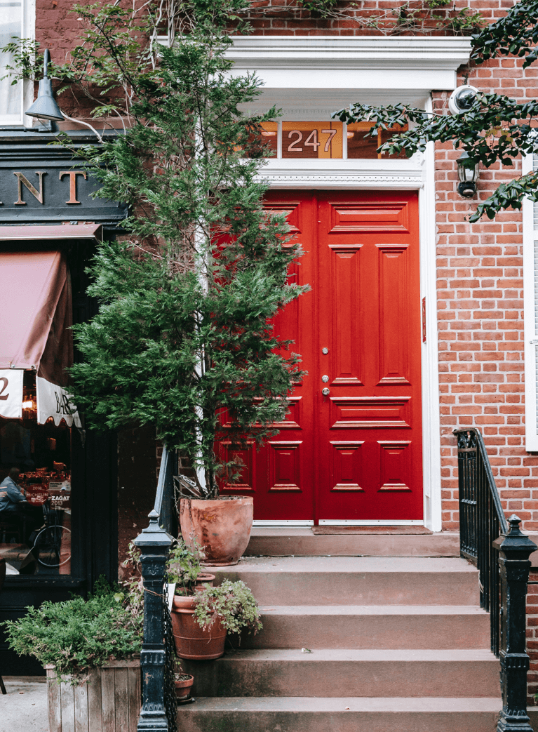 tips for choosing the right color palette for your home's exterior