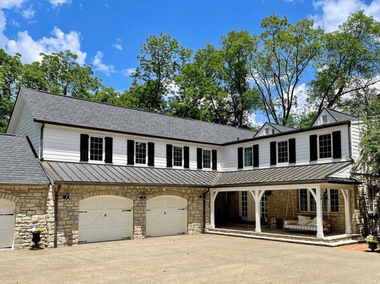 ohio riverside home before renovation