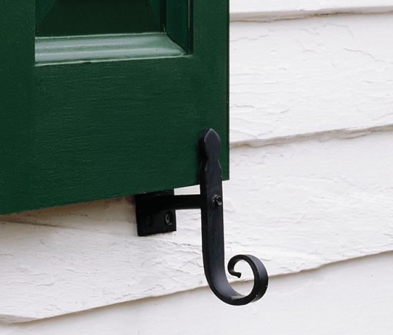 gallery-hardware-tieback-green-panel-shutter